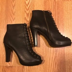 Never Worn Woman's Size 10 Open Toe Booties